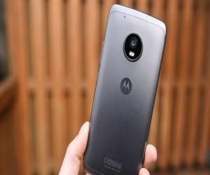 تخفيض على الهاتف الذكي Moto G5 Plus في أمازون لمشتركي أما...