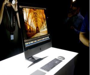 جهاز آبل iMac Pro قد يمتلك تحكم صوتي بالمساعد سيري