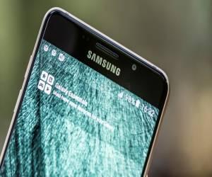 الهاتف Galaxy C7 بدأ أخيرًا بتلقي تحديث الأندرويد 7.0 Nougat