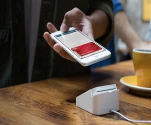 فيديو يستعرض لنا كيفية عمل Apple Pay في الهاتف iPhone X م...