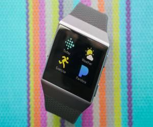 ساعة Fitbit الذكية تحصل على مجموعة من التطبيقات الجديدة
