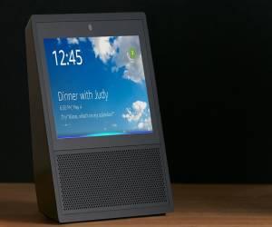 تخفيض على المساعد الشخصي Amazon Echo Show في أمازون