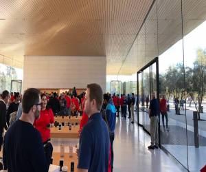 فيديو: جولة قصيرة في مركز زوار أبل بارك Apple Park الجديد