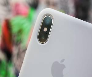 تقرير: أبل تعمل على إنتاج 3 هواتف بتصميم iPhone X العام ا...