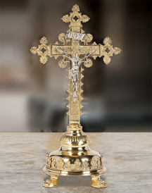 Cathedral Style Altar Crucifix