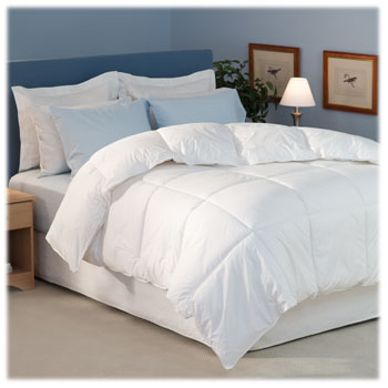 "DuraLux Down Alternative Comforters; 15"" box stitch"