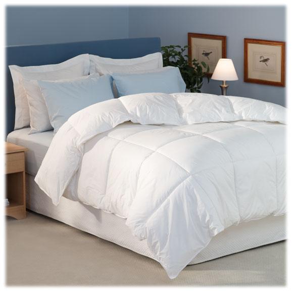 "DuraLux Down Alternative Comforters; 15"" box stitch"