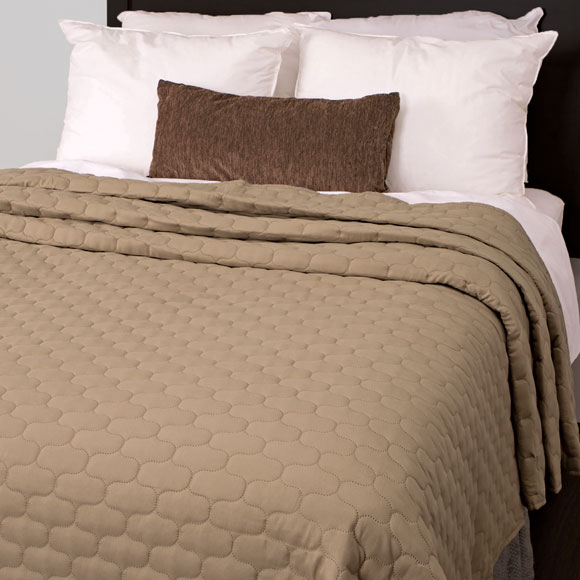 Fontaine Reversible Pinsonic Quilted Coverlets