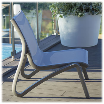 Grosfillex Sunset Lounge Chair