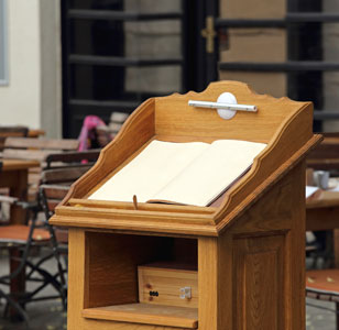 Hostess Stations / Lecterns