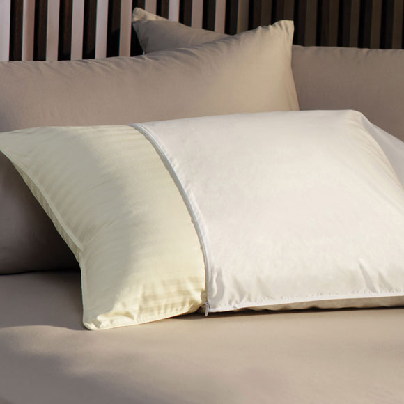 "Micro-Percale Zip-On Standard Pillow Cover 21"" x 27"""