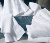 Williams Bay White Guestroom Towels