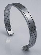 Q-Link Men's Stainless Steel Cuff Bracelet