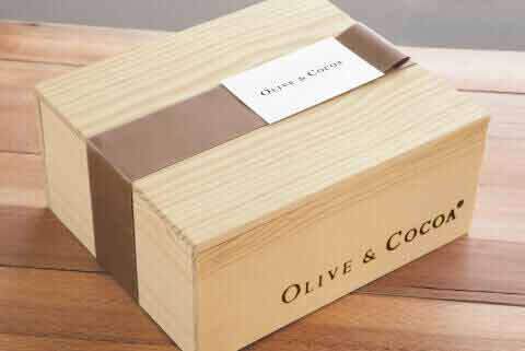 Free Gift Wrap - Olive & Cocoa Style