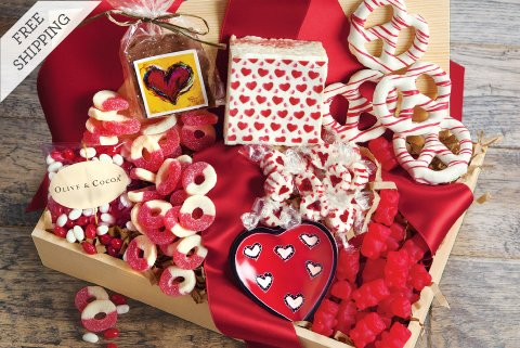 Valentines Day Love & Cuddles Gift Basket ✓ Valentine\'s Gift Ideas