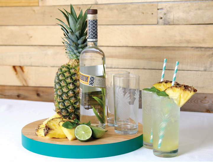 Summer Drinks: Fresh Pineapple Rum Punch