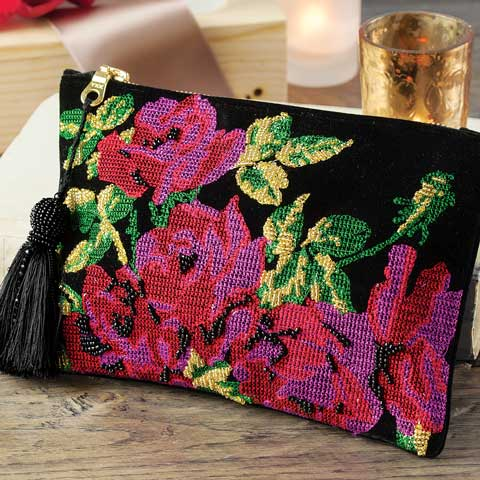Oui Cherie Beaded Clutch