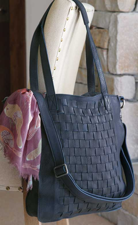 Voyageur Leather Tote