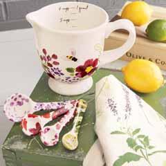 Meadowview Kitchen Measuring Set & Towel