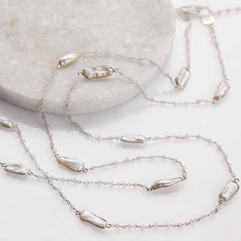 Elegant Baroque Chain Necklace