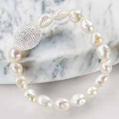 Pearl & Clear Crystal Bracelet