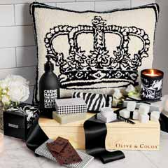 Royal Treatment Pillow & Spa Crate
