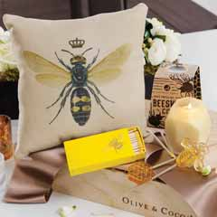 Bee A Queen Decor & Sweets