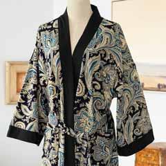 Meryl Kimono
