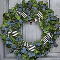 Madison Avenue Wreath