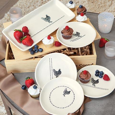 Farmhouse Tray & Plates Set