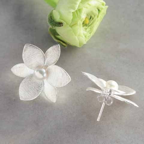 Flowering Pearl Earrings