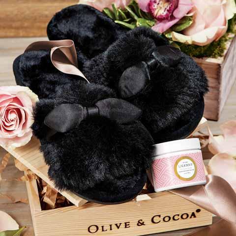Noir Fuzzy Slipper Set