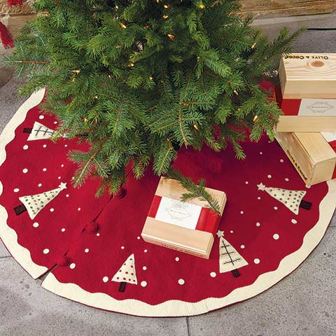 Old Fashioned Felted Wool Tree Skirt