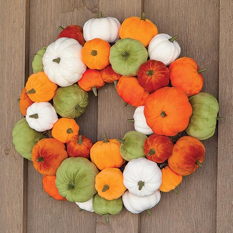 Velvety Pumpkin Wreath