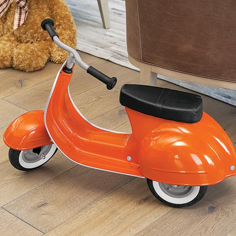 Primo Orange Scooter