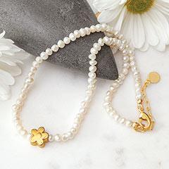 Daisy & Pearl Choker Necklace