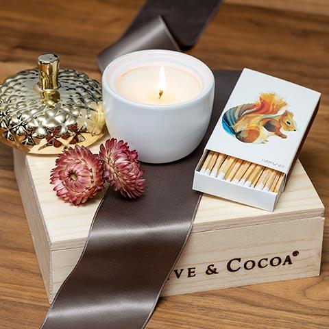 Gilt Acorn Candle Set
