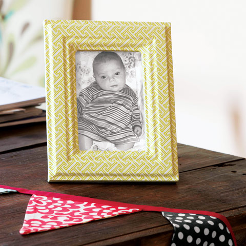 Little Pea Fabric Frame