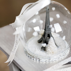 Tour Eiffel Globe Ornament