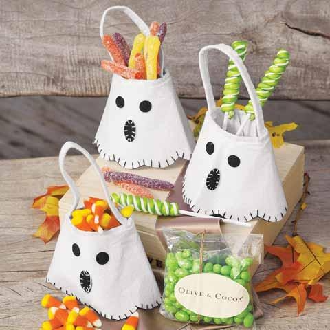 Ghostly Mini Totes & Treats