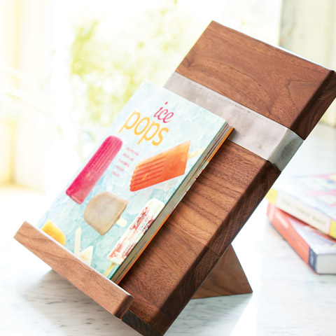 Recycled elm cookbook stand all gifts sale olive cocoa - Porte livre de cuisine ...