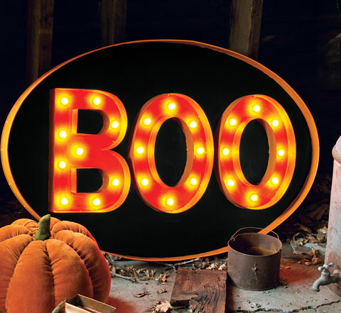 Old Fashioned Lit Boo Sign