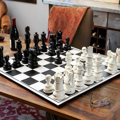 Grande Wooden Chess Set