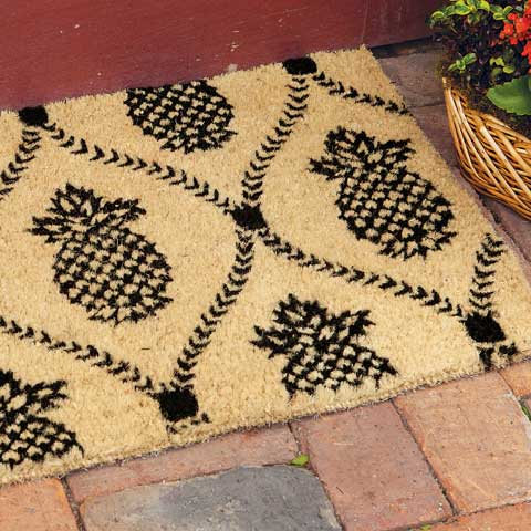 Grande Pineapple Welcome Mat