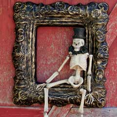 Dapper Framed Skeleton
