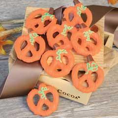 Chocolate Caramel Pretzel Pumpkins