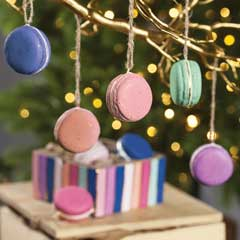 La Belle Macaron Ornaments