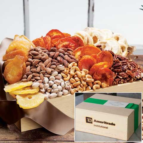 TD Ameritrade Institutional Harvest Dried Fruit & Nut Medley Medium