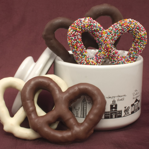 Philadelphia Gift Jar with Chocolate Pretzels