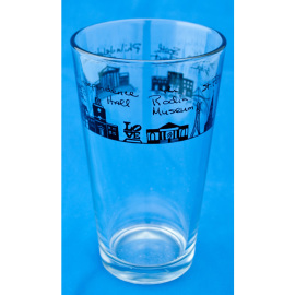 Philadelphia Pub Glass
